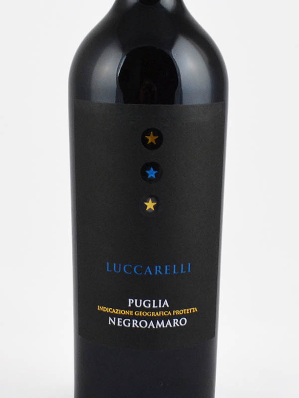 luccarelli puglia igp negroamaro etiquette