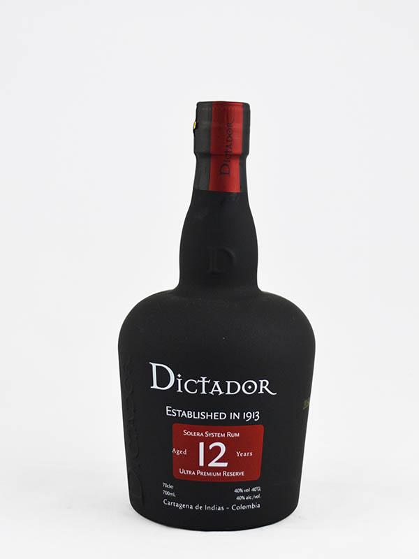 rhum dictator 12 ans colombie