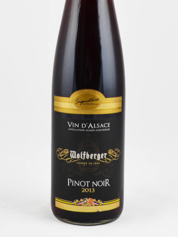 vin d'alsace wolfberger pinot noir signature etiquette